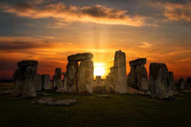 Stonehenge es uno de los lugares donde más celebran los solsticios