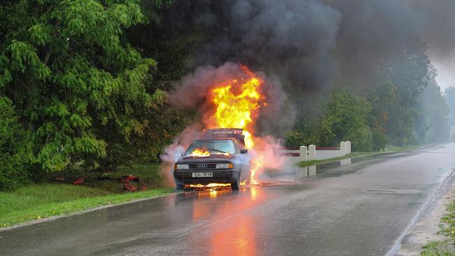 Si te encuentras con un accidente de tráfico, debes Proteger Avisar y Socorrer